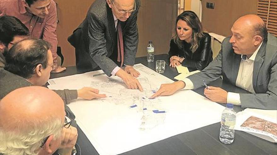 El PP afea la reducción del suelo industrial con el plan del bipartito