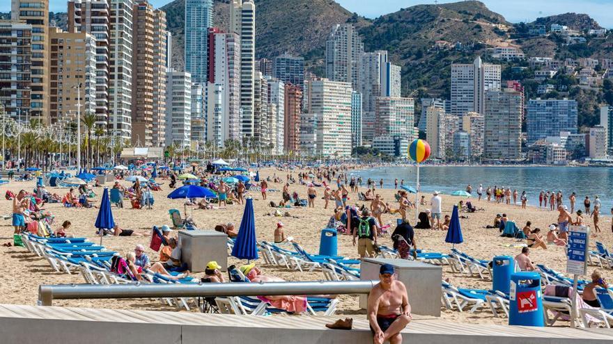 El turismo valenciano pide ERTE hasta abril para evitar hasta cien mil despidos