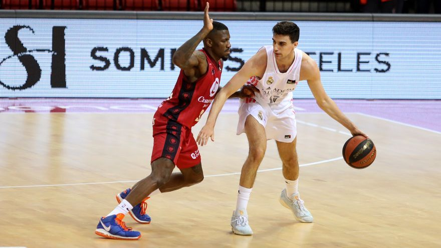 Carlos Alocén se retira del próximo 'draft' de la NBA