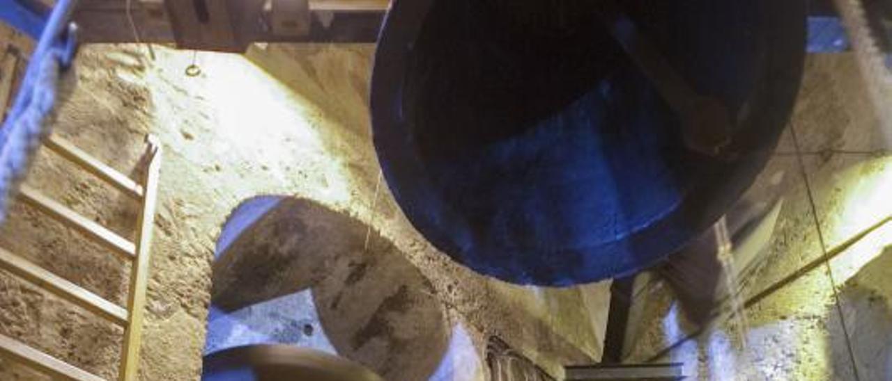 Imagen de archivo de la colla de campaners de Albaida. | PERALES IBORRA