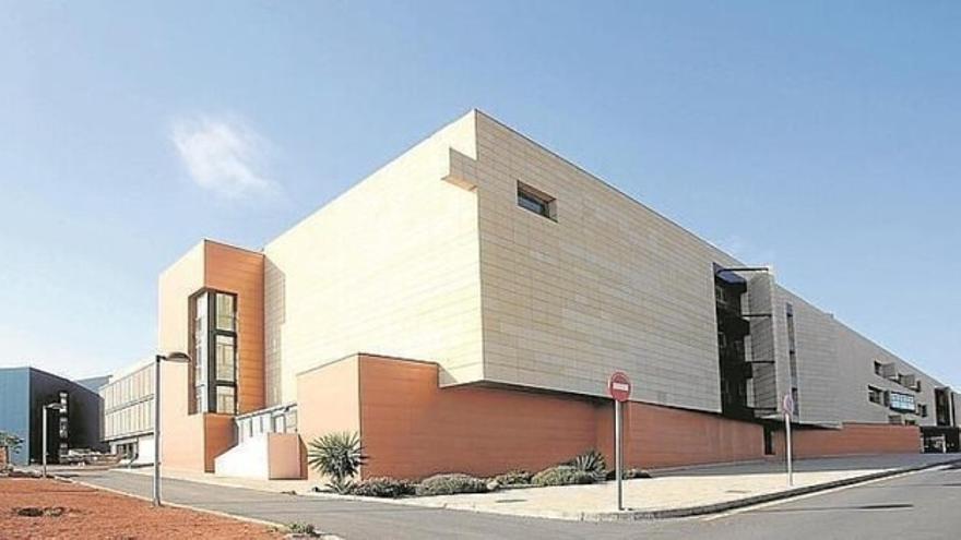 Sanidad recibe las obras de ampliación y mejora del Hospital General de Fuerteventura