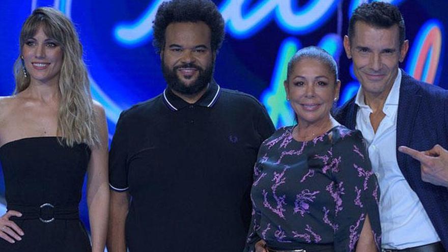 Isabel Pantoja reaparece en medio de la polémica para presentar 'Idol Kids'