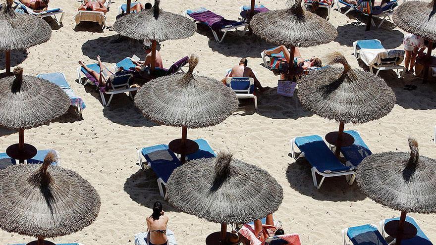 So läuft das Geschäft mit den Strandliegen und Sonnenschirmen