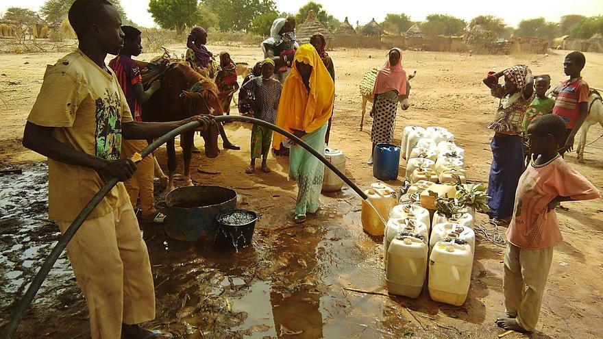 Aqualia se une a un reto solidario para llevar agua potable a África