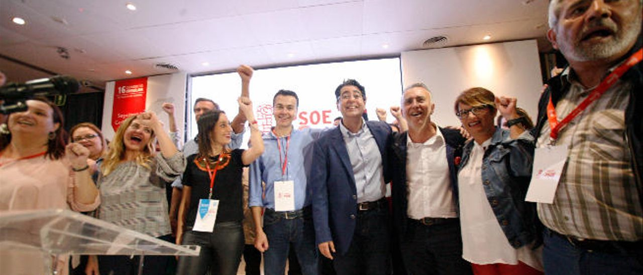 Nira Fierro, Héctor Gómez, Pedro Martín, Ángel Víctor Torres, Elena Máñez y José Miguel Rodríguez Fraga.