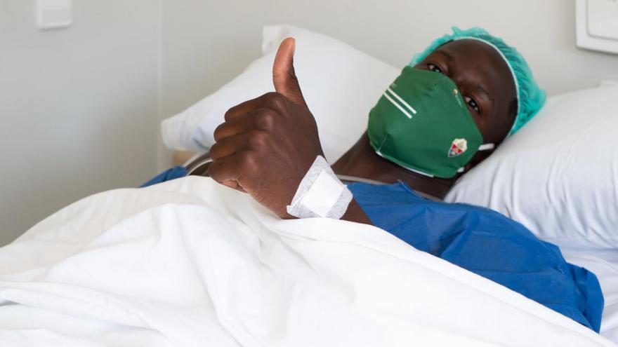Mfuku, intervenido quirúrgicamente hoy por De Prado, Ripoll y César Quesada