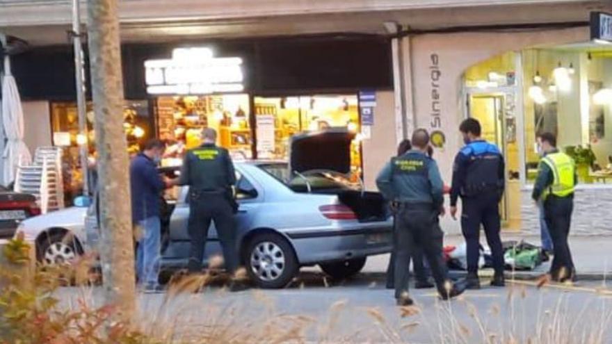 Policía y Guardia Civil atajan la pelea de una pareja en Moaña