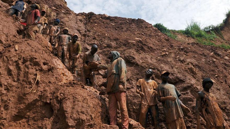 Cobalto de sangre en el Congo: la otra cara del coche eléctrico