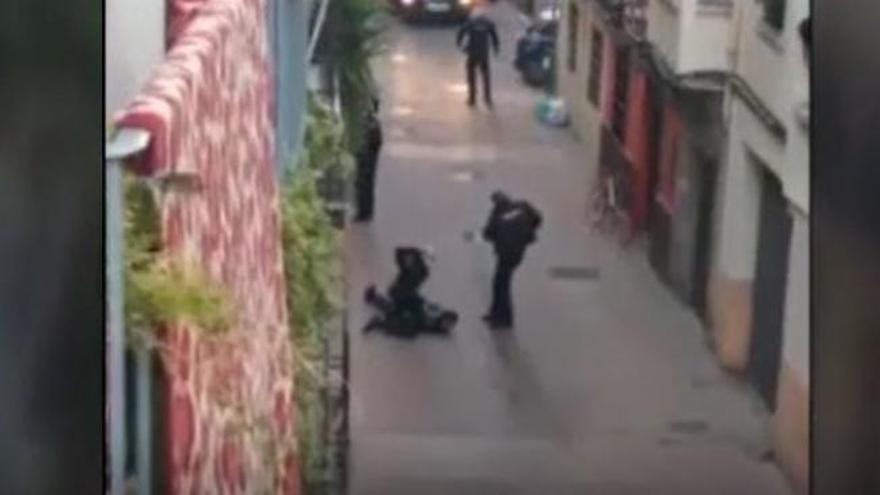 Tiroteado un hombre que encañonó a cuatro agentes de Policía de Zaragoza tras requerirle éstos su identificación