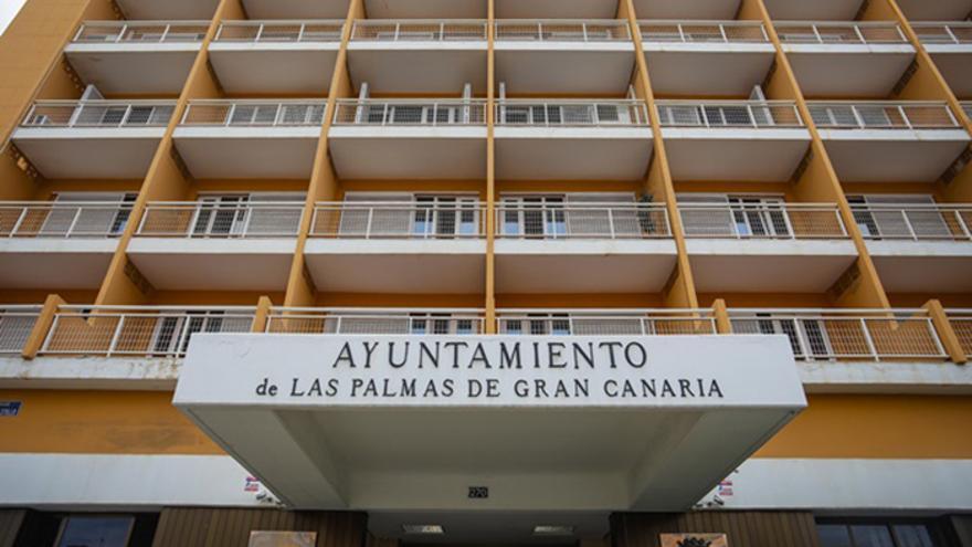 El Ayuntamiento capitalino aprueba un plan de subvenciones con 32 millones