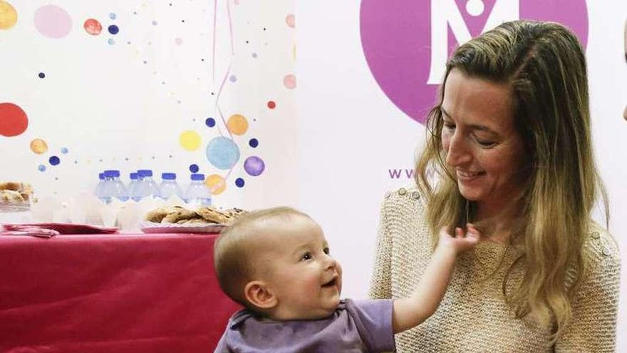 La presencia del aceite de palma en la leche infantil, a debate entre los profesionales