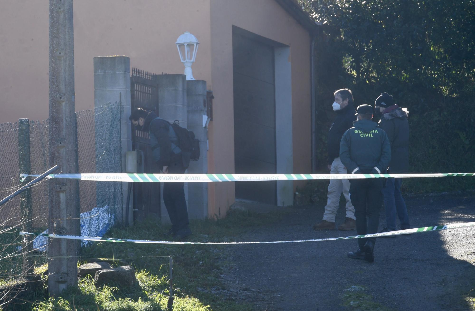 Nuevas pesquisas en la casa donde asesinaron a una mujer en Oza-Cesuras