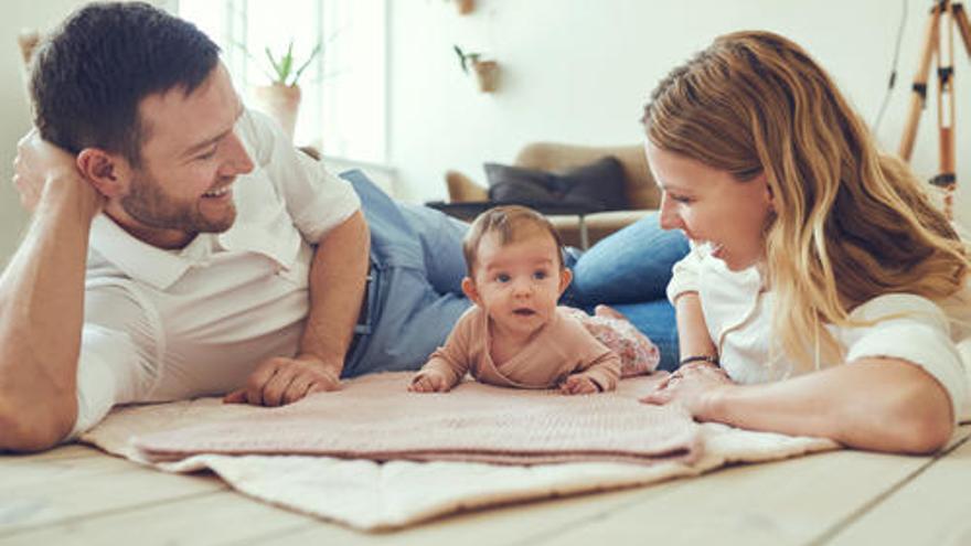 ¿Sería posible ampliar las bajas por nacimiento de hijos hasta los seis meses?