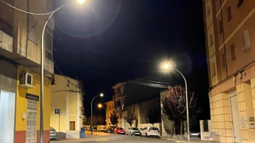 Monzón implanta 100 luminarias LED para ahorrar un 60% en la factura anual de luz