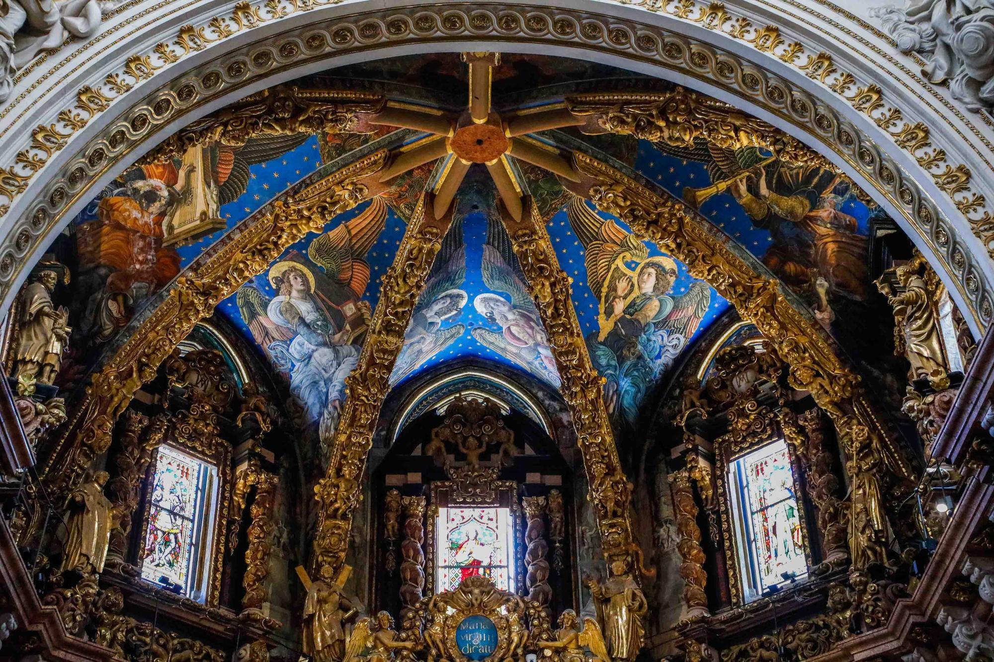 """Disfruta los detalles de los """"ángeles músicos"""" de la Catedral"""