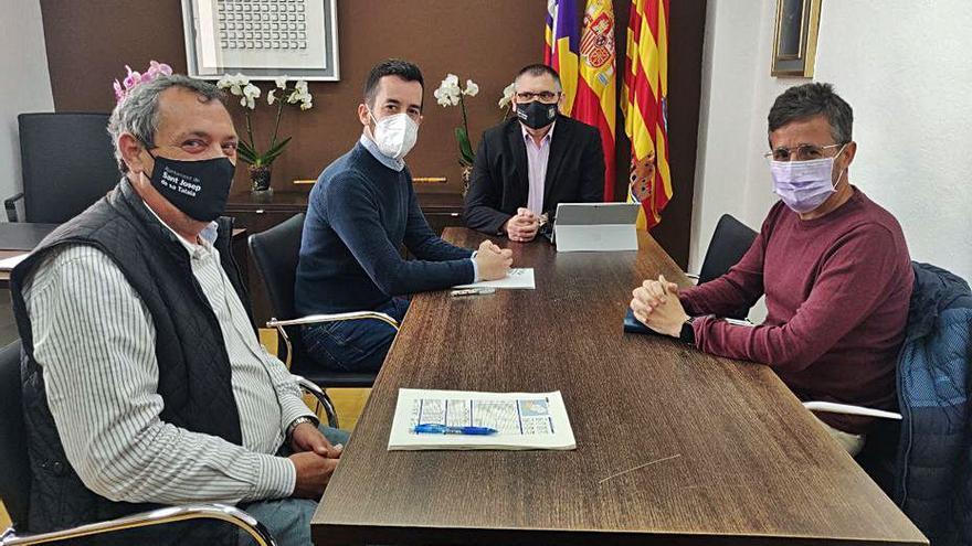 Sant Josep pide que la parada de autobuses se traslade a Cas Vildu y la ampliación de horarios