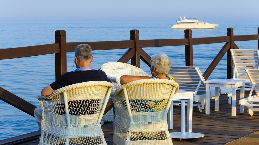 La llegada de turistas internacionales se desploma un 75,5% en marzo