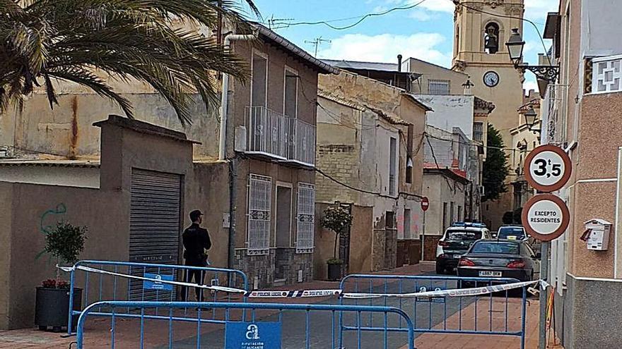 La magistrada envía a prisión a dos de los tres detenidos por el tiroteo de Catral