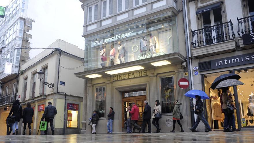 Inditex cierra el Pull&Bear del cine París y el Massimo Dutti de Cuatro Caminos