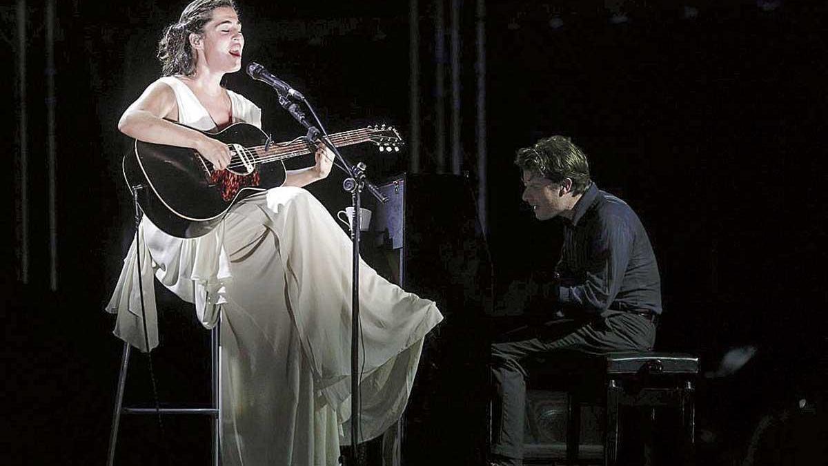 Sílvia Pérez Cruz y Marco Mezquida ofrecen una actuación mágica en Port Adriano.