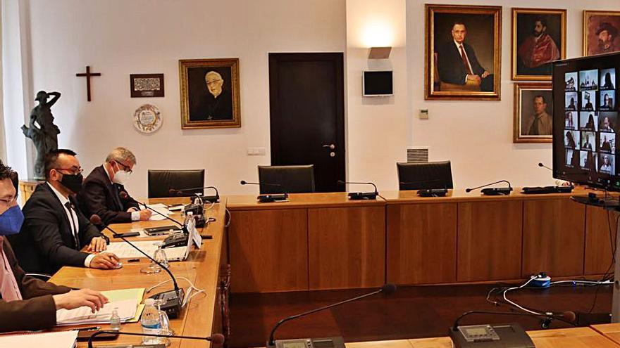 Vila-real recupera los plenos y comisiones de forma presencial