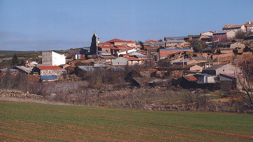 Santa Eufemia contrata dos obreros para realizar obras en el municipio