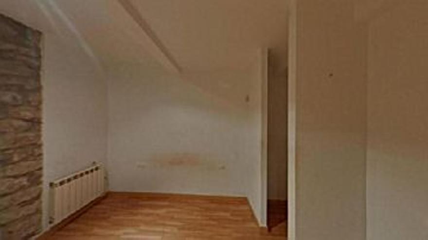 68.900 € Venta de piso en Manresa...