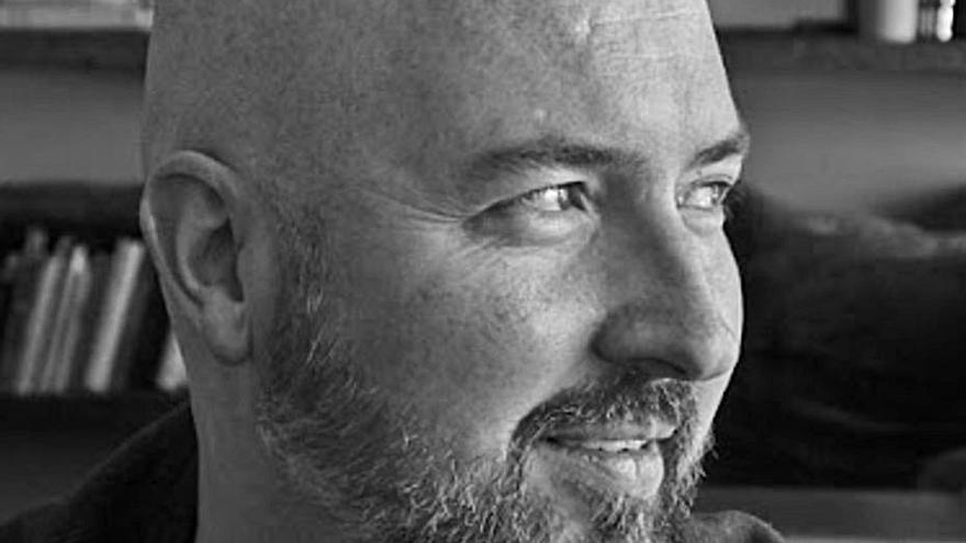 Douglas Stuart debuta con una soberbia y notable novela