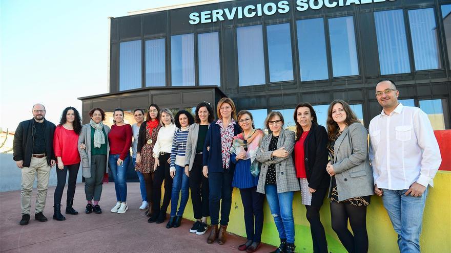 El número de trabajadores sociales subirá hasta los 16 en Plasencia