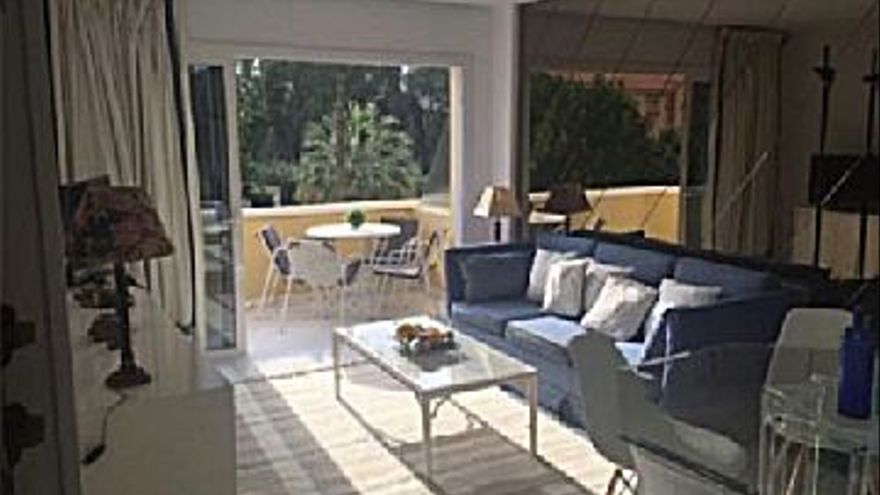 235.000 € Venta de dúplex en Marbella Este (Marbella), 3 habitaciones, 2 baños...