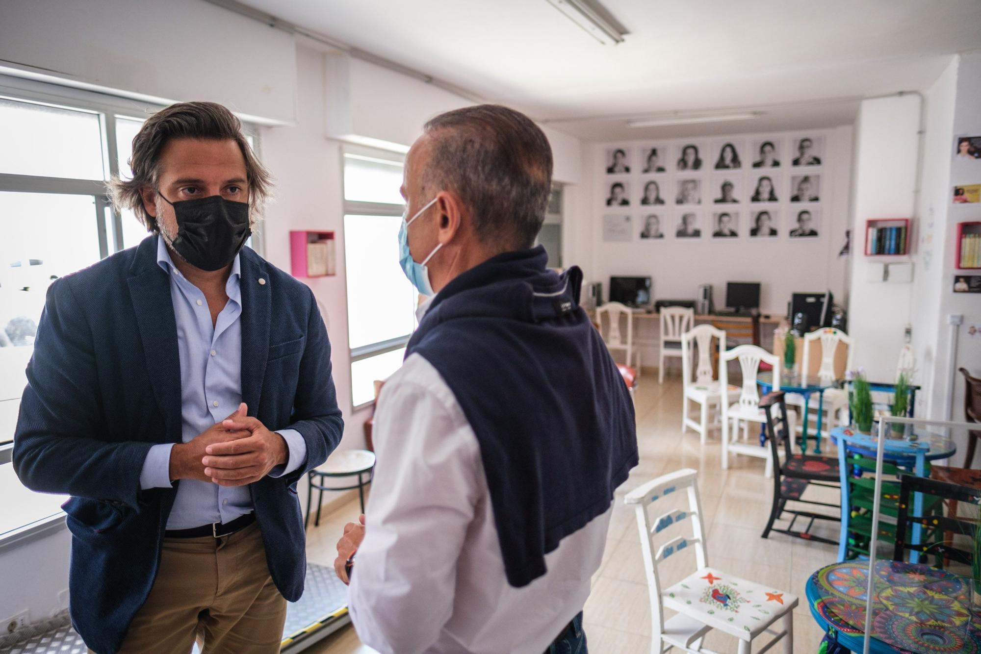 Visita de Gustavo Matos a la sede del proyecto social y solidario de la Fundación Buen Samaritano