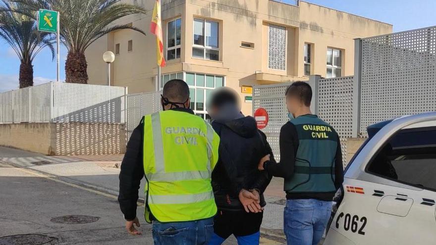 Detenido un hombre de 35 años por violar a una joven de 19 en Lloseta