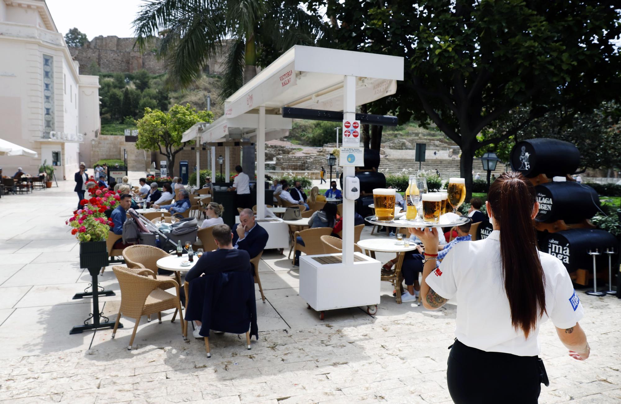 La hostelería malagueña celebra la apertura de las provincias