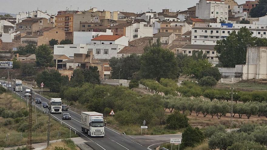 La Font de la Figuera  negocia convertir  2 km de           la N-334 en una avenida