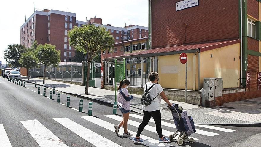 El colegio Federico García Lorca, cerrado tras una gran inundación por una avería