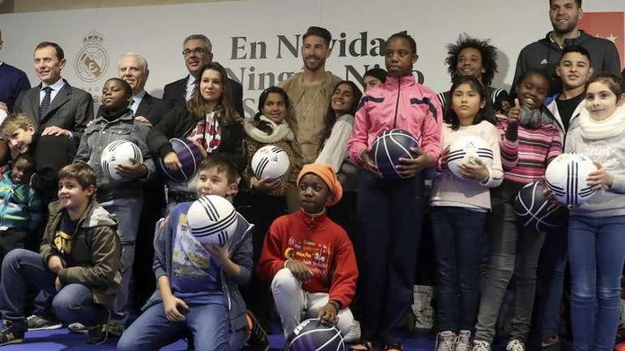 La Fundación Real Madrid exhibe su espíritu navideño