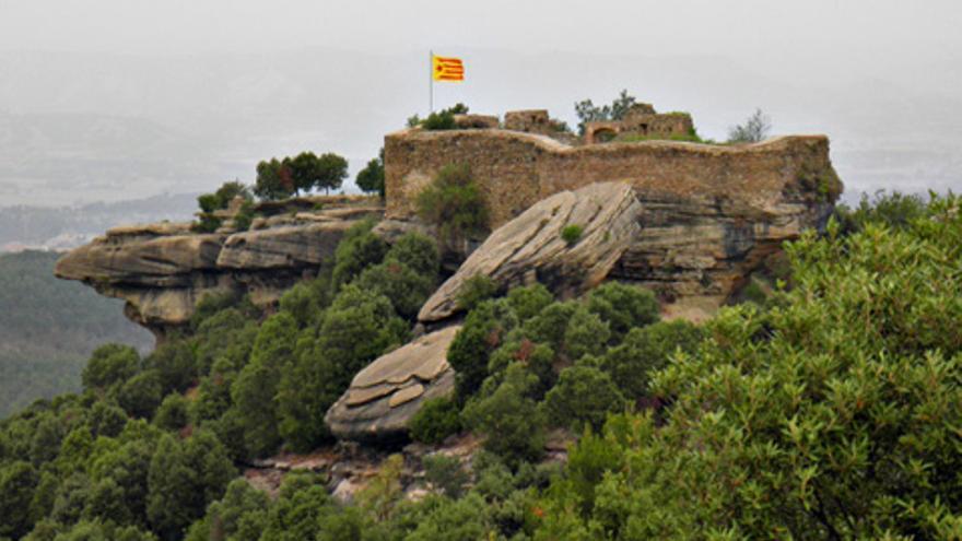 Muere al caerse de un muro cuando hacía una foto en un castillo en Barcelona