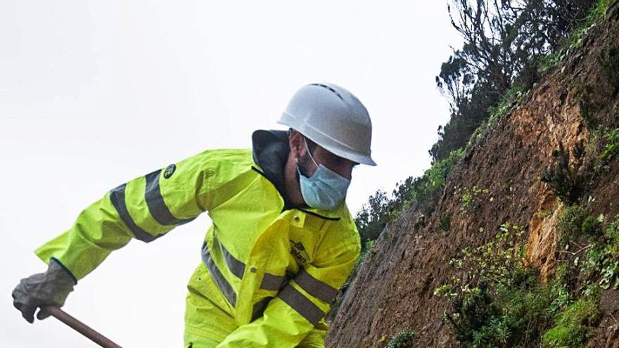El servicio de carreteras de La Gomera atiende más de una veintena de incidencias