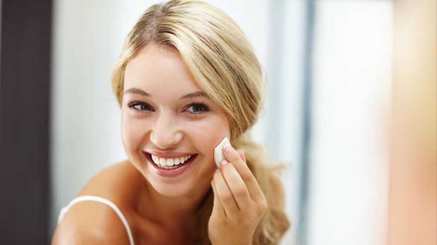 El cosmético que no debe faltar en tu rutina facial