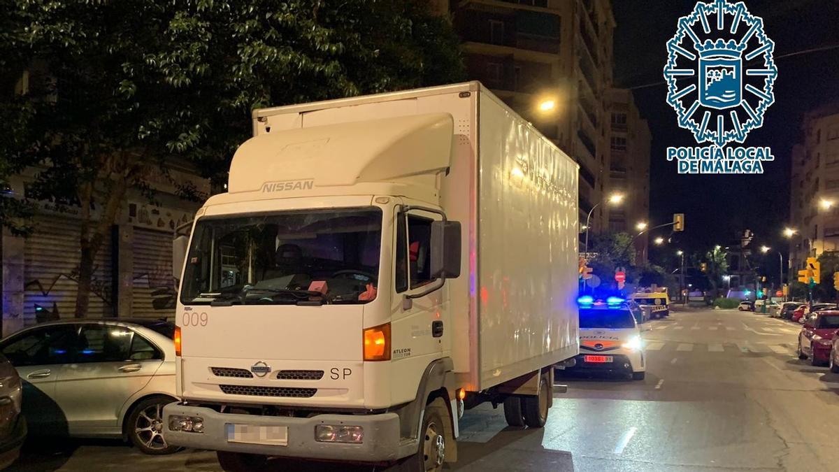 El camión en el circulaba el detenido.