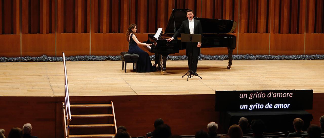 Piotr Beczala y Sarah Tysman, en el recital.   Luisma Murias