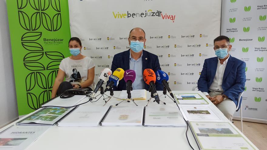 Miguel López presenta su renuncia para dar el relevo a Rosa García en la Alcaldía de Benejúzar y hace balance de su gestión