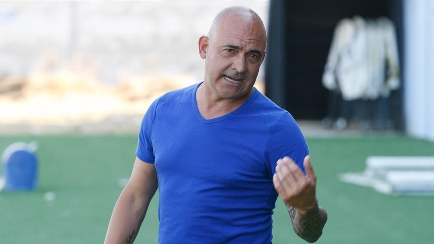 Santi Redondo deja de ser entrenador del CD Benavente