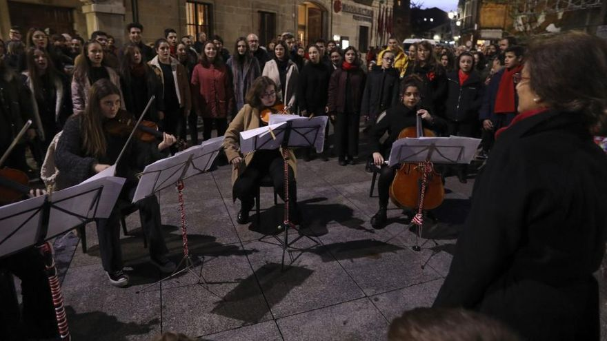 Los profesores de música de Avilés se forman en musicoterapia