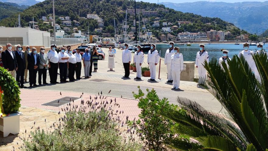 El Port de Sóller rinde homenaje a las víctimas del  submarino C-4