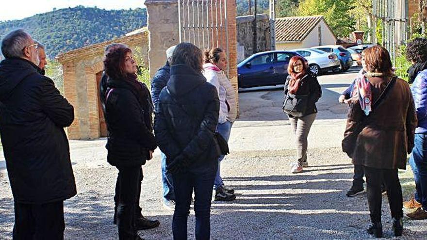 Arquitectes de la Catalunya Central visiten colònies industrials del Llobregat