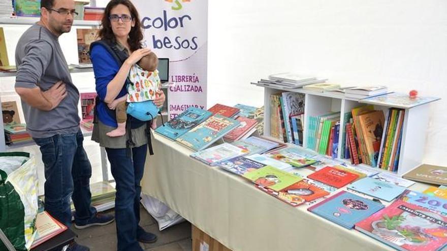 La Feria del Libro, en el Parque Santa Catalina y el Museo Élder