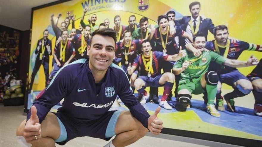 """Sergio Lozano: """"Sueño con levantar la Champions"""""""
