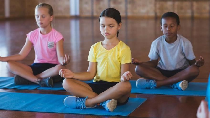 Yoga y meditación en los colegios