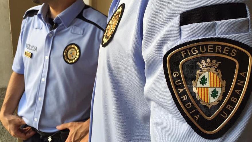 La Guàrdia Urbana de Figueres tanca un bar de la Marca de l'Ham sense llicència